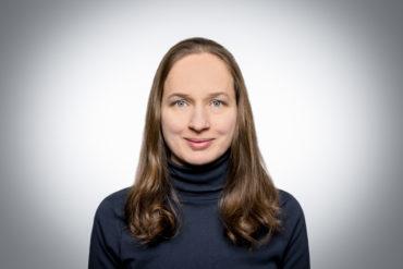 Dipl. Betriebswirtin (FH) Anja Staatz - Finanzen