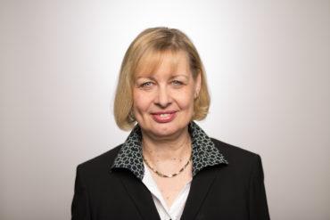 Prof. Dr. Karin Albert - Geschäftsführerin